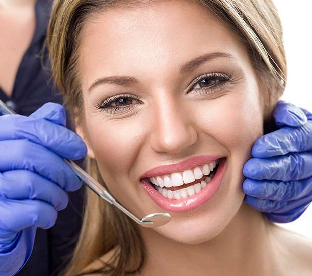 Forest Hills Teeth Whitening at Dentist